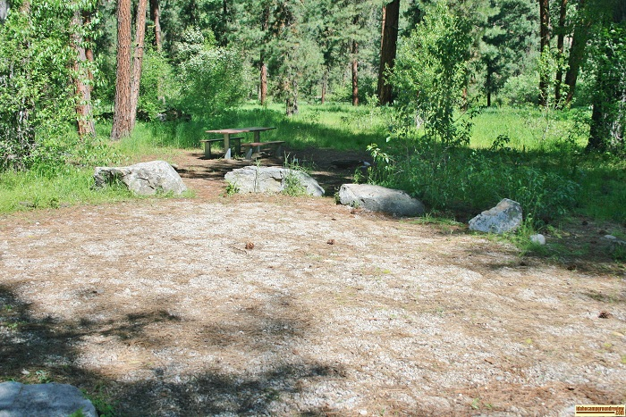 A picture of campsite 2 at Abbot Campground