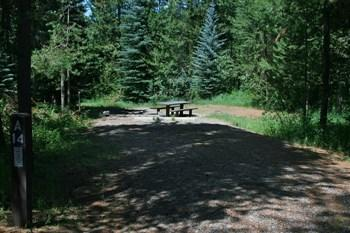 A picture of campsite 8 in Alpine Campground on Palisades Reservoir in estern Idaho.