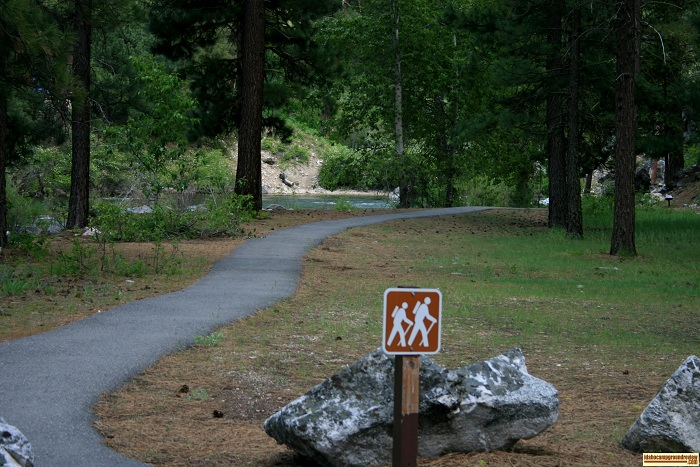 This a hiking trail leading east along the river. It's paved for handicapped hikers for a little way.