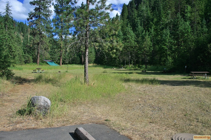 Beauty Creek Campground tent sites