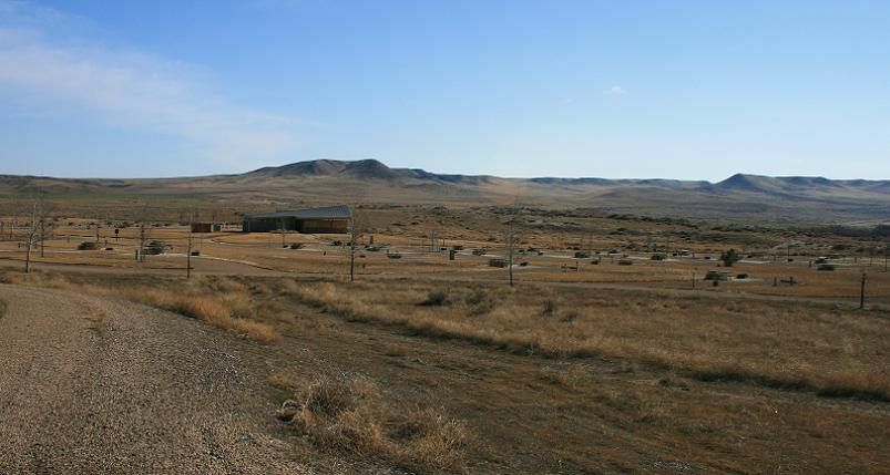 picture of Eagle cove campground in bruneau dunes state park near bruneau idaho
