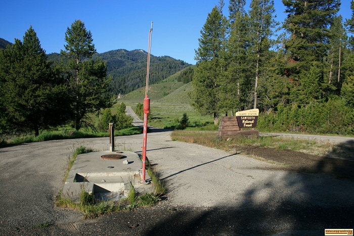 This picture is of the RV dump station at Big Smokey Guard Station near Canyon Creek Transfer Camp on Big Smokey Creek.