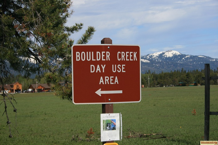 Boulder Creek is a day use area with a very nice boat ramp and some wonderful beaches. 
