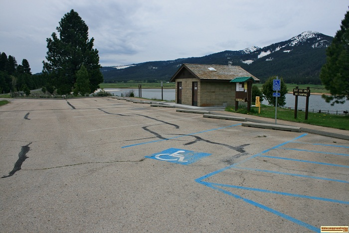 Carbonton is a day use picnic area that is geared toward the individual party 