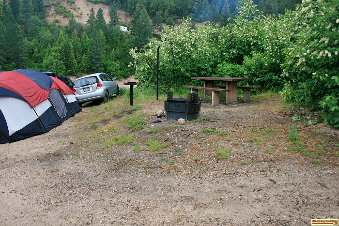 This is a typical campsite in Castle Creek Campground on Anderson Ranch Reservoir.