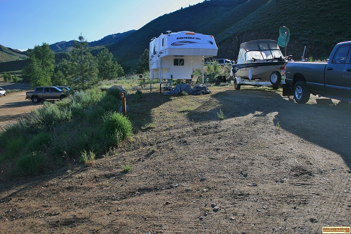 This is campsite 3 in Curlew Creek Boat Ramp campground.
