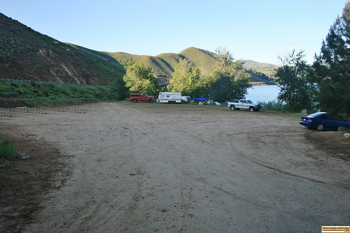 Campsites 1 & 2 are lotaced along the right side of this parking lot in Curlew Creek Boat Ramp & Campground on Anderson Ranch Reservoir.