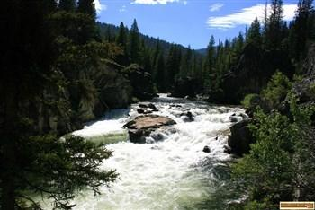 Picture of Dagger Falls at Dagger Falls Campground.