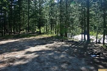 Dog Creek Campground campsite, for those who love camping in Idaho.