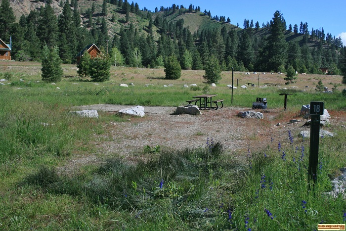 Elks Flat Campground Review, campsite 18