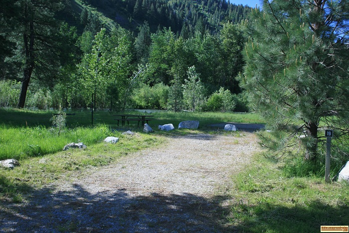 Elks Flat Campground Review, campsite 19