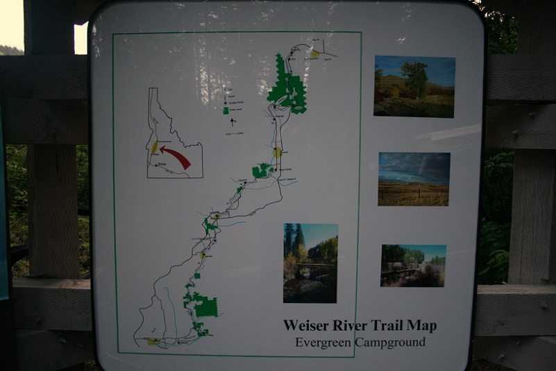second weiser river trail info sign