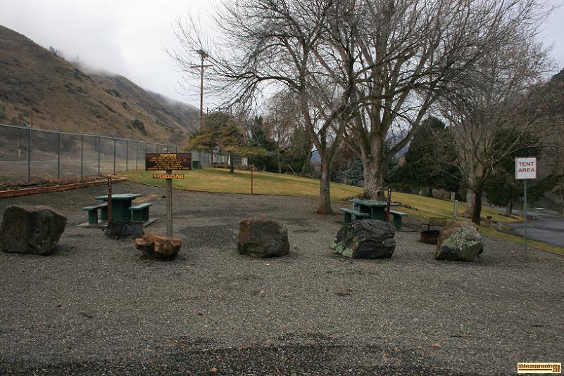 picture of campsites at hells canyon park campground