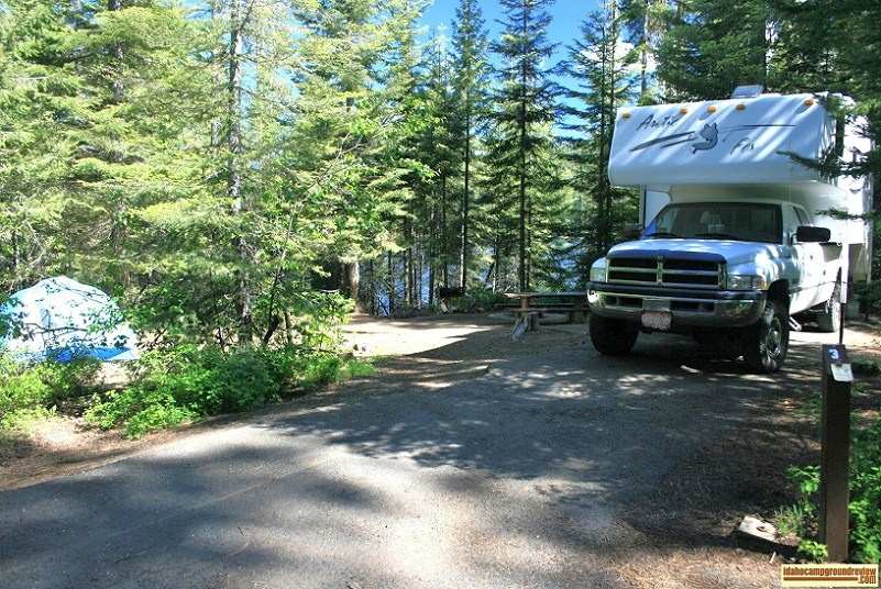 Typical RV or tent cam site in Hollywood point campground on sagehen reservoir, idaho