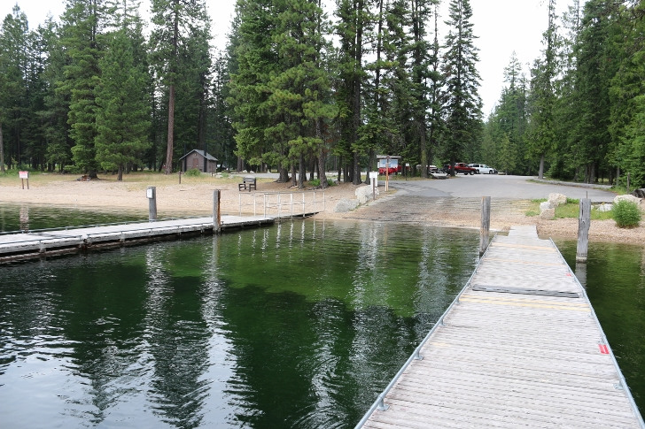 Next, I have some pictures of the boat launch area. It is a very nice boat launch.