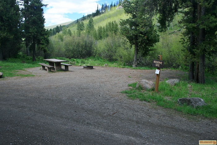 camping info for Lower Penstemon Campground.
