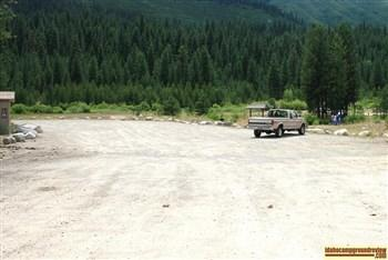 There is a large parking area at Lowman Fishing Ponds along the Payette River east of Lowman, Idaho