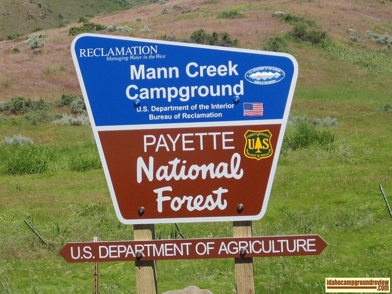 Mann Creek Campground is near the inlet of Manns Creek.