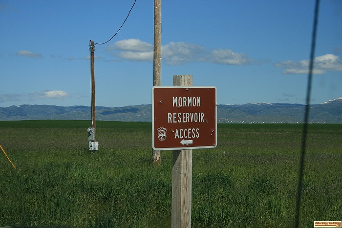 This is one of the signs to Mormon Reservoir.
