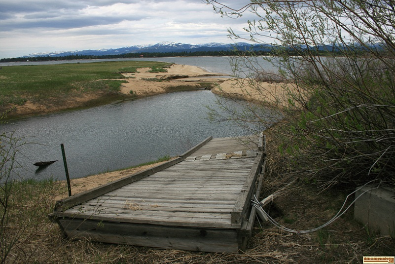 There is a small fishing dock on the north end of Poison Creek Campground.