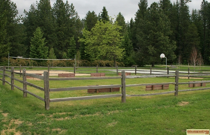 If you want to play a little basketball, volleyball or throw a horseshoe, Riley Creek Recreation Area has it all.