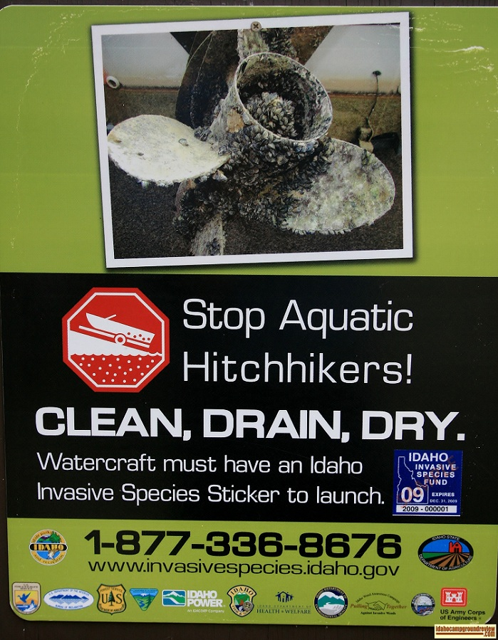 I have included pictures of the several infomational signs posted at Tailwaters.
