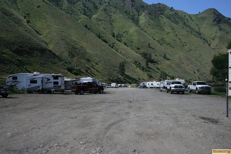 View of shorts bar camping area