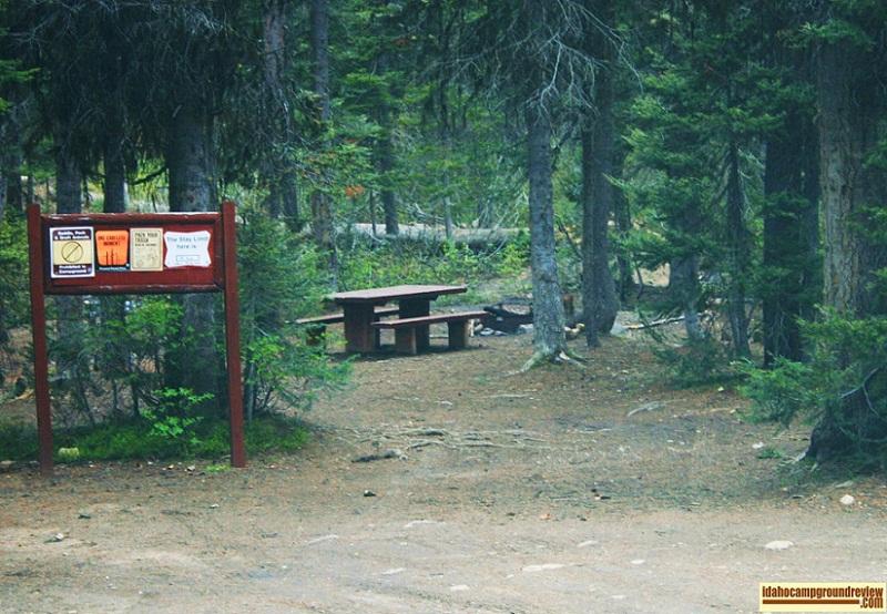 Summit Lake Campground near Warm Lake