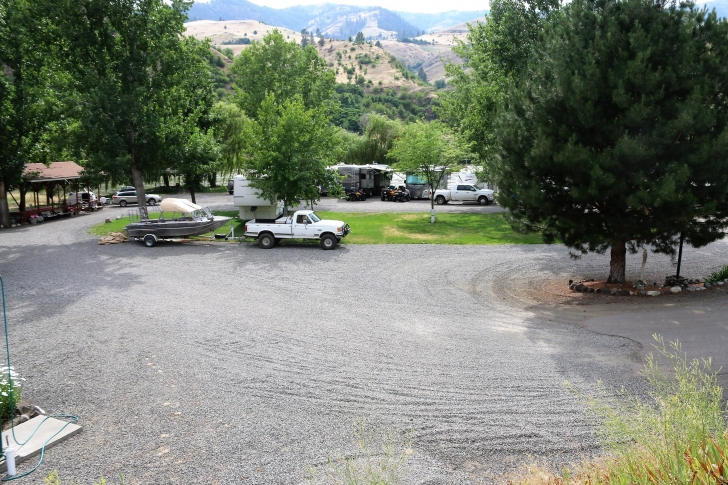 A picture of Swiftwater RV Park from the road.