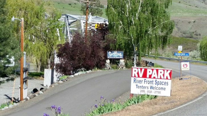 Swiftwater RV Park Signs And Info