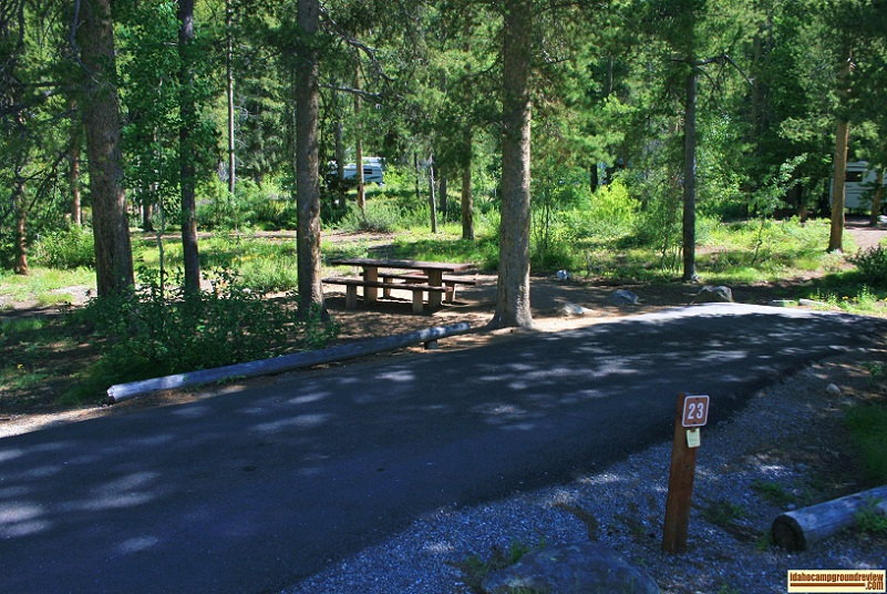 A picture of one of four RV camping sites in Wood River Campground, there are 30 sites total.