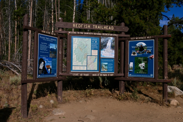 A picture of the signs at Redfish Trailhead near Redfish Lake