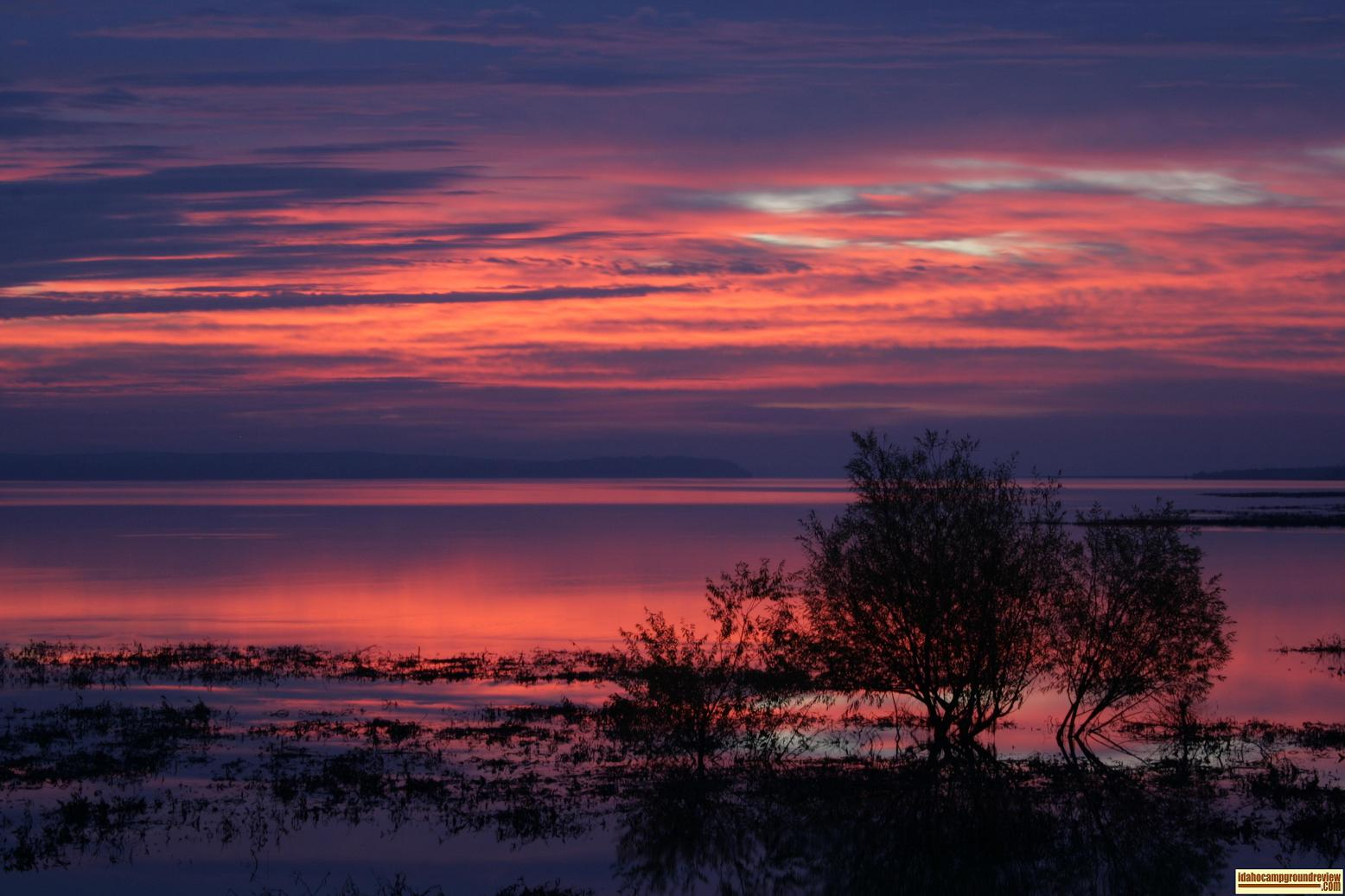 November sunrise over Lake Lowell